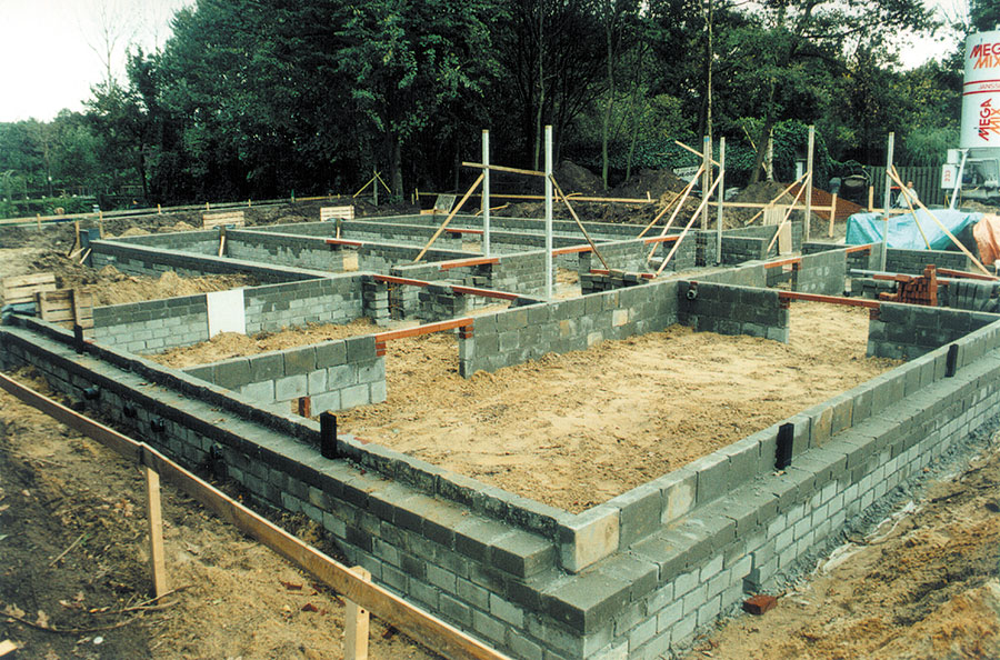Nieuwbouw-Forellenvijver-Heioord-2003-foto-04