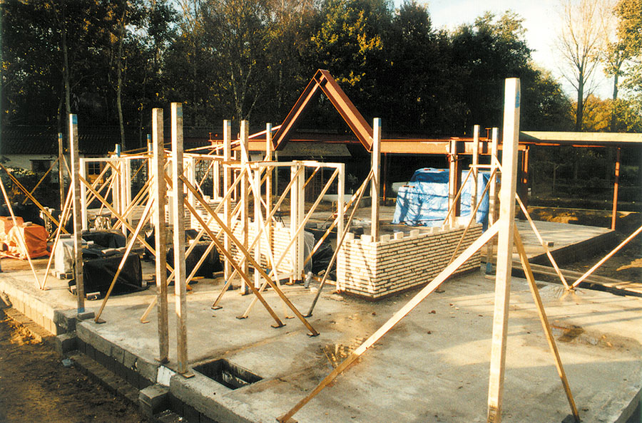 Nieuwbouw-Forellenvijver-Heioord-2003-foto-12