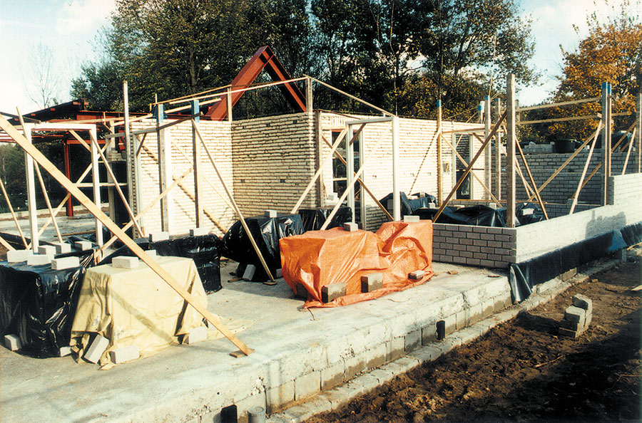 Nieuwbouw-Forellenvijver-Heioord-2003-foto-13