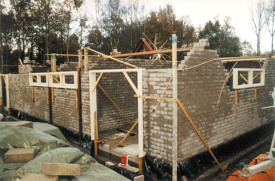 Nieuwbouw-Forellenvijver-Heioord-2003-foto-15a