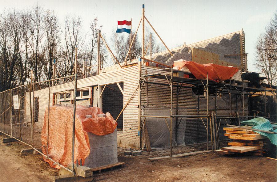 Nieuwbouw-Forellenvijver-Heioord-2003-foto-21