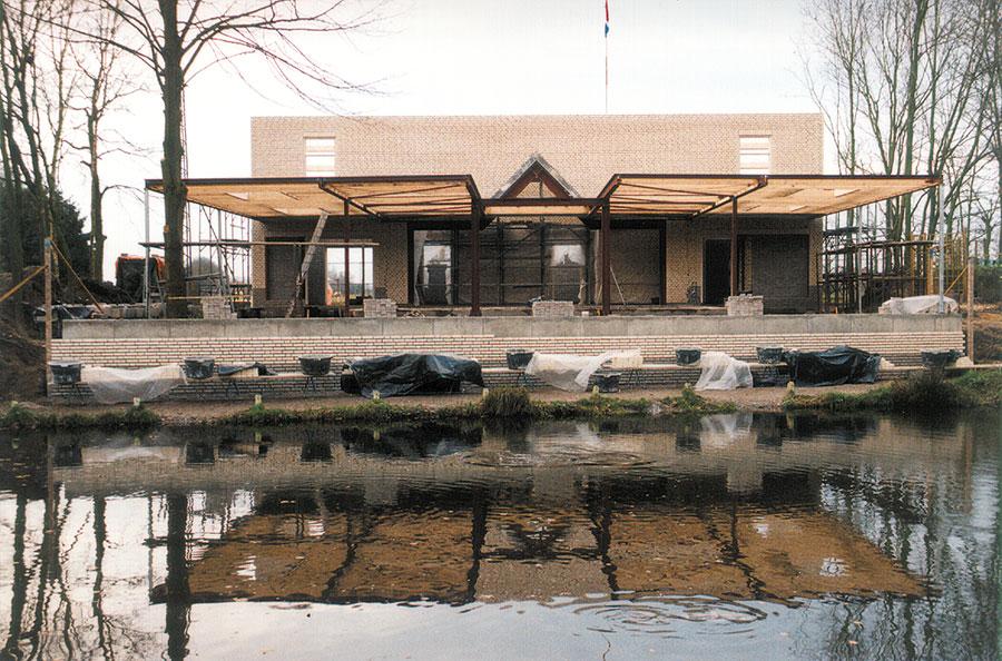 Nieuwbouw-Forellenvijver-Heioord-2003-foto-23