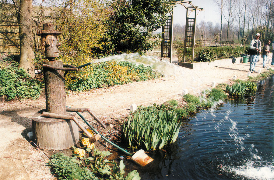 Nieuwbouw-Forellenvijver-Heioord-2003-foto-47