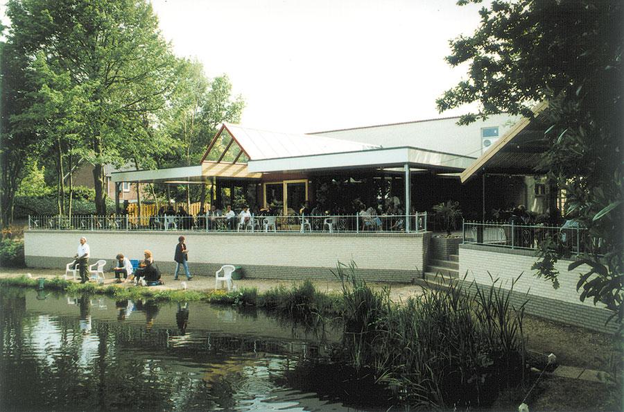 Nieuwbouw-Forellenvijver-Heioord-2003-foto-48