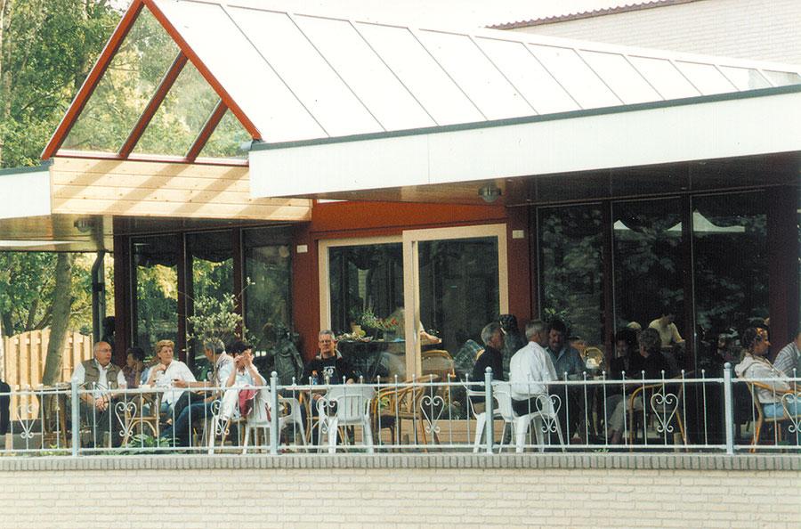 Nieuwbouw-Forellenvijver-Heioord-2003-foto-51