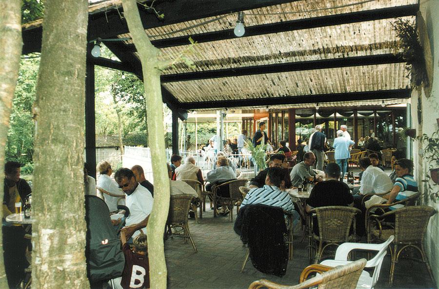 Nieuwbouw-Forellenvijver-Heioord-2003-foto-53