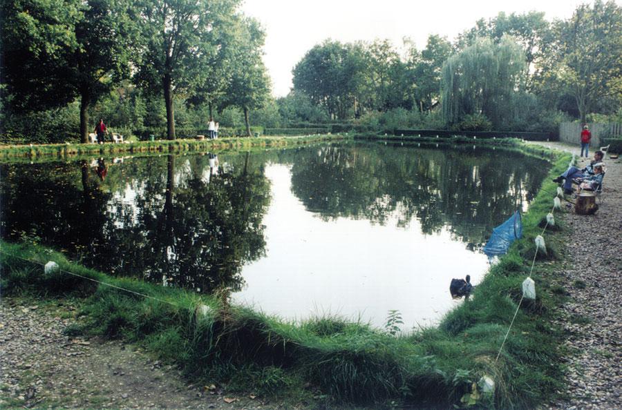 Nieuwbouw-Forellenvijver-Heioord-2003-foto-61